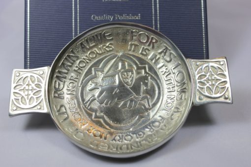https://www.onemoregift.co.uk/product/Pewter-Toasting-Quaich -Declaration of Arbroath