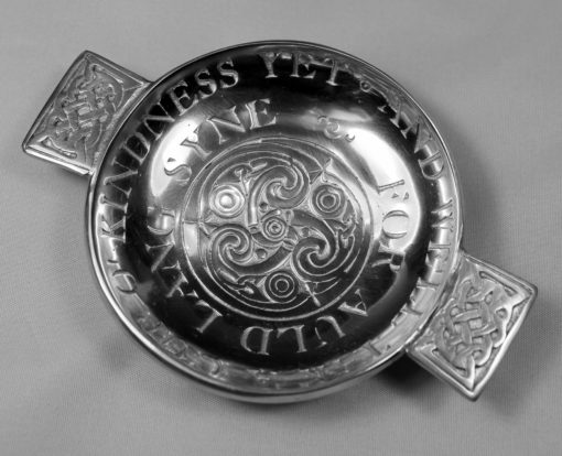 https://www.onemoregift.co.uk/product/Pewter-Quaich-Auld Lang Syne